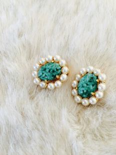 Gorgeous ''Marvella'' clip on earrings with turquoise stone