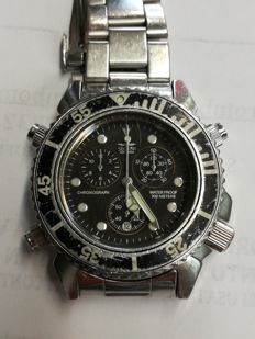 Sector - Chronometer - Water resistant to 300 m