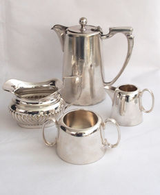 Antique Silver Plated Coffee Pot, 2 Cream Jug & Sugar Pot - Mappin & Webb & Atkin Brothers