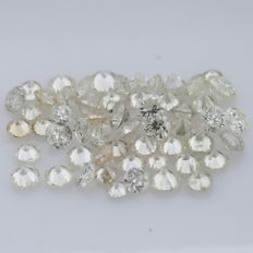 55 Round Brilliant Cut Diamonds - 0.45 ct.  -  ***NO RESERVE***