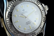 ZODIAC -SEA WOLF Automatic Blue point dot ! NOS with tag !!