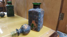 Whisky Bottle 19TH century COLONIA - green glass and leather