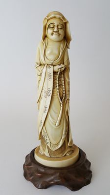 Ivory Okimono of an Arhat - Japan - 19th century