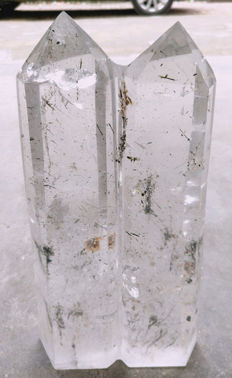 Extremely clear rock crystal points - 310 x 140 - 50 mm - 3.65 kg