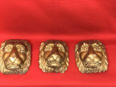 3x gold leaf gilt wood lion heads - Italy - 19th century