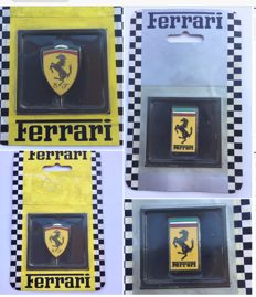 Lot of 2 large Ferrari pins from 1999 and 1996 - sealed box
