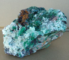 Beautiful mineral with malachite, dolomite, calcite and limonite - 160 x 160 x 115 mm - 2.344kg