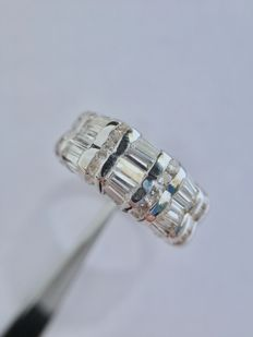 Anillo oro blanco y diamantes, 1.75 ct VS-SI