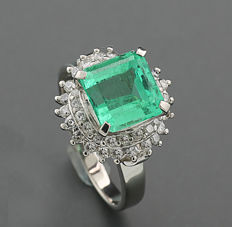 Emerald brilliant ring 2.84 ct, Colombia, made of 900 platinum - NO RESERVE PRICE -