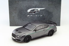 GT-Spirit - Schaal 1/18 - Bentley Continental GT3-R 2015 Satin Grijs Asia Special Edition