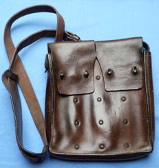 Swedish WW2 Leather Machine Gun Ammunition Bag