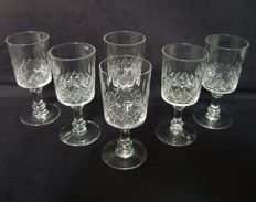 6 Baccarat white wine glasses in richly cut crystal - France -1916