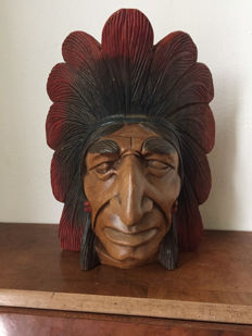 Beautiful Wooden Native American Head - early 20th century - United States