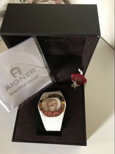 Women's Aigner watch, excellent condition, Swiss made, with box and sealed guarantee