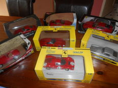 Ertl / Hotweels / Revell - Scale 1/18 - Lot with 7 models: 7 x Ferrari