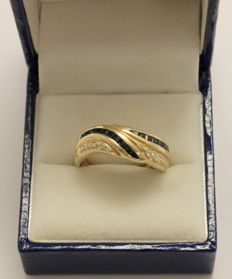 14 kt yellow gold ring with sapphire and diamonds, 0.24 ct – size 18.5