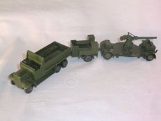 Dinky Toys - Scale 1/48 - Six Wheeled Wagon No. 151b with Cooker Trailer No. 151 c and Anti-Aircraft Gun on Trailer No. 161b