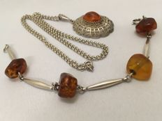925 and 835 silver set: Silver filigree pendant on a rolo link necklace, and a bracelet, with amber, necklace length: 62 cm