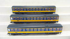 "Fleischmann - 5656 - 3 express train passenger coaches ICR ""Plan W/W2"" 2nd class of the NS, equipped with interior lighting"