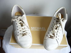 Michael Kors- Sneakers, The Jet Set 6, the shoes of the season