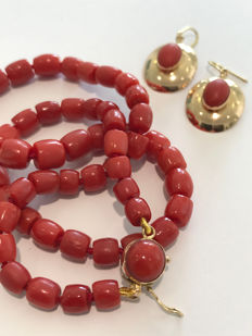 Set of Italian coral and gold necklace and earrings **Earrings Free**