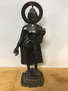 Bronze statue, Buddha – India – late 20th century