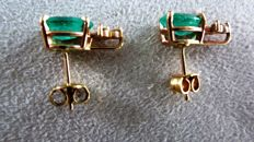 Gold Earrings studs  Yellow Gold 18 Karat with 2 beautiful emeralds and brilliants