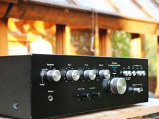 Sansui AU-3900  vintage 1977 integrated amplifier