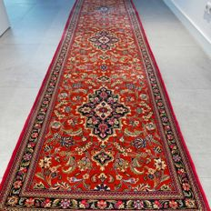 Stunning Ghom Persian runner - 292 x 77 - 600,000 kn/m2 - with certificate