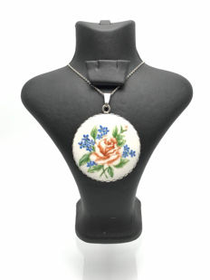 "Hand-painted ""Rose"" porcelain silver pendant"