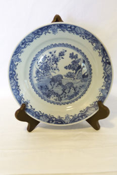 Plate, landscape with deer - China - 18th century.
