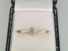 8 karat yellow gold ring with solitaire diamond, 0.25 ct