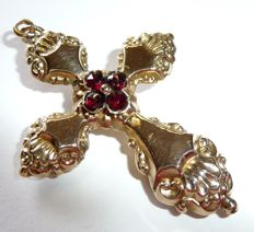 14 kt / 585 gold pendant, a big Biedermeier cross with garnet, suitable for wear to both sides