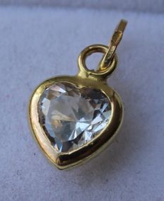 14 kt gold heart shaped pendant, inlaid with zirconia - 1 x 0.8 cm