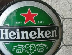 NEON. Big logo, HEINEKEN corporate advertising. Diameter of circa 80cm.