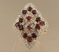 14 kt gold ring set with many garnets and brilliant cut diamonds, ring size 17.75 (56)