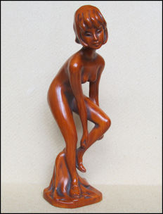 Sculpture; Naked young woman - 1960s