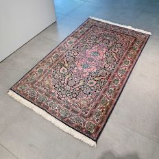 Beautiful 100% silk Kashmir Persian rug – 153 x 90 – with certificate