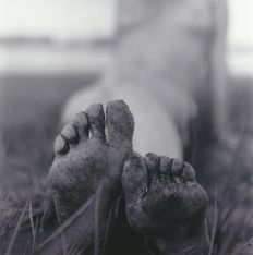 Photo ; Andrew Kaiser - Dirty Feet - 2017