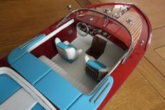 Very nice model of the Riva Aquarama boat, length 70cm