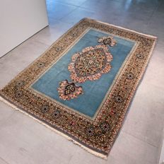 Fantastic Persian Ghom carpet with silk - 169 x 114 - SUPERB appearance