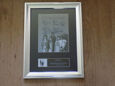 Fleetwood Mac signed ( printed ) framed photograph.