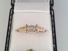 18 kt yellow gold with 0.50 ct diamonds - 52(EU)