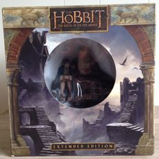 The Hobbit Battle of the Five Armies - complete Collector's edition blu-ray 3D boxset - with statue from WETA depicting Gandalf and Bilbo