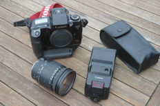 Canon EOS 5 QD with vertical grip, Sigma 28-200mm and Canon 420EZ flash