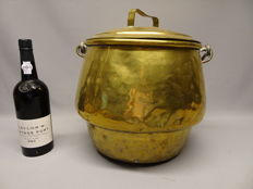 "Large tinned brass ""bag"" boiler or marmite with lid"