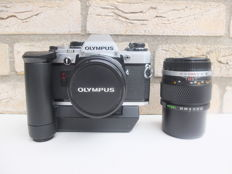 Olympus OM 10 - Single-lens reflex Camera with 2 Objectives / Motordrive