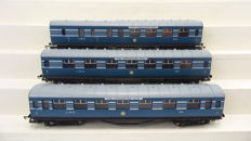 """Hornby 00-R4128 - Three passenger coaches 1st class of  """"The Coronation Scot"""" LMS"""