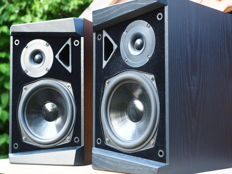 T+A Helios Midi 1 E black-ash finish high-end speaker made in Germany
