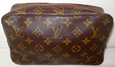 Louis Vuitton – Trousse 23 GM/Toilet bag